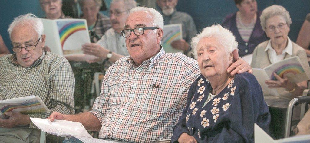 Koor & Stem – Zingen verhoogt de levenskwaliteit – ook voor wie zorgt voor dementerenden